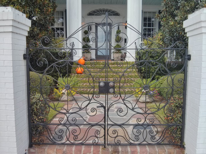 Beautiful wrought iron gates along the Battery in Charleston, SC