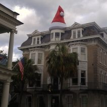 A well dressed historic house in Charleston reflects the holiday spirit. Ho ho ho, ya'll.