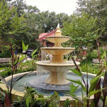 This beautiful fountain can be found in one of Charleston's very cool pocket parks -- Allan Park on Ashley Avenue.