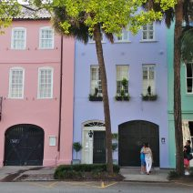 Rainbow Row, one of the iconic spots in Charleston, is the largest cluster of connected Georgian houses in the United States.