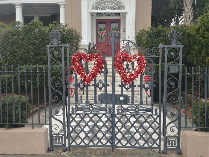 This festive house and gate on East Batterysure is in the Valentine's Day mood.