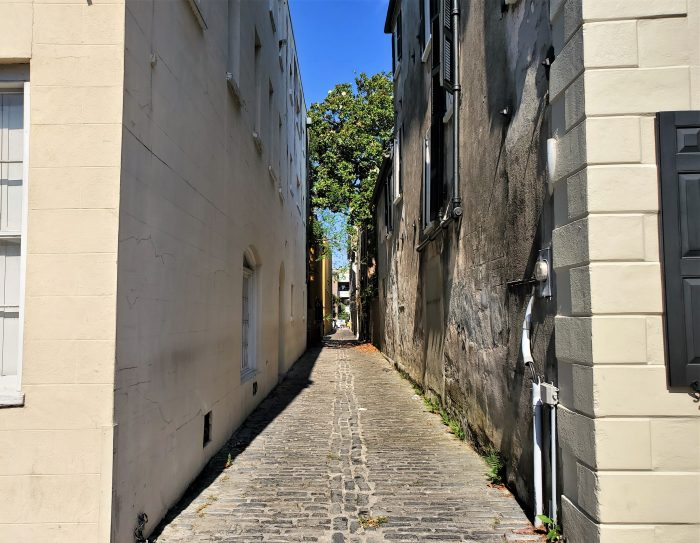 Lodge Alley is one of Charleston's cool alleys and cut-throughs. Running between State and East Bay Streets, it's a great way to get where you're going.