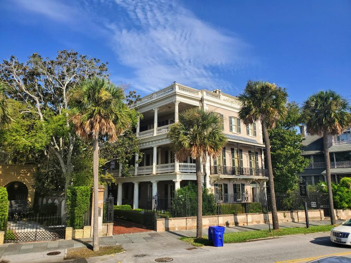 Built in 1825, the Edmonston-Alston House was one of the first major houses to be built behind the Charleston seawall. Now owned by Middleton Place, it open to the public as an amazing house museum. Have you been?