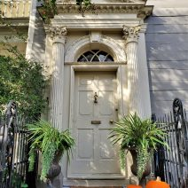 This beautiful door, accessorized for the season, belongs to the Col. John Stuart House on Tradd Street -- a wonderful Colonial era house (c. 1767). Col. Stuart, a native born Scotsman, had been appointed Superintendent of Indian Affairs for the southern British colonies in 1762, but in 1775 had to flee Charleston for stirring up the Native Americans against the colonists in the early stages of theAmerican Revolutionary War.