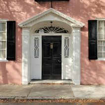This pretty house on Tradd Street was built in 1740... pre-revolutionary beauty.