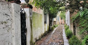 Longitude Lane is a colonial era thoroughfare that runs between East Bay and Church Street. Beautiful.
