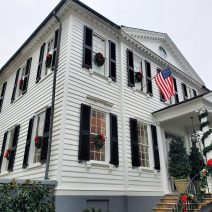 A wonderfully decorated house on Orange Street. The house was built in 1769 by Charles Pinckney, who was the father of the Charles Pinckney who was a signer of the US Constitution, and also a governor of SC, a US senator and a member of the House of Representatives.