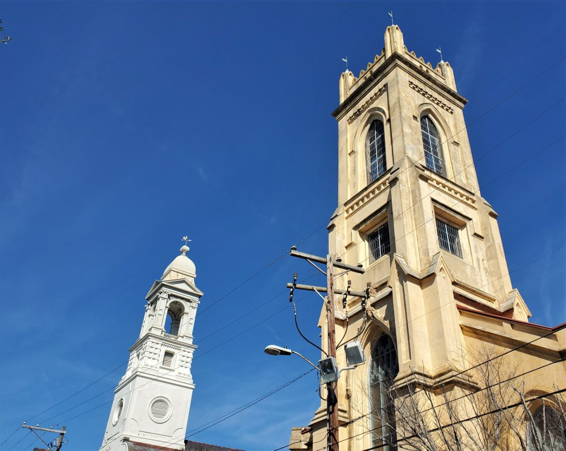 These steeples, which help contribute to Charleston's Holy City moniker, can be found on Archdale Street. St. John's Lutheran Church is on the left, and on the right is the Unitarian Church -- which was occupied and used as barracks by both the American and British forces during the Revolutionary War.